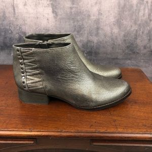 Vince Camuto Canteen Pewter Distressed Booties 8M